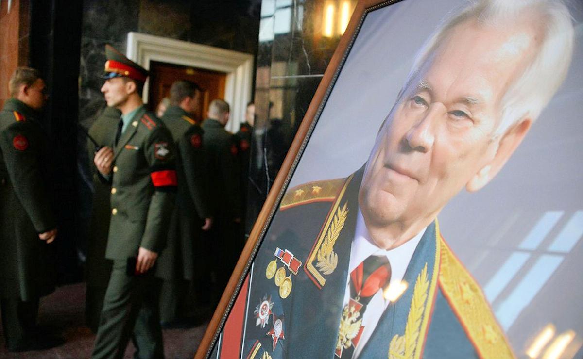 00 Kalashnikov funeral 12a. Moscow. 29.12.13