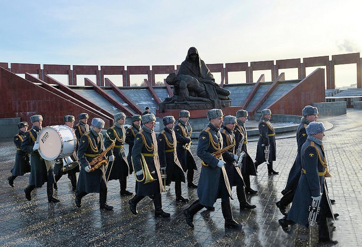 00 Kalashnikov funeral 14. Moscow. 29.12.13