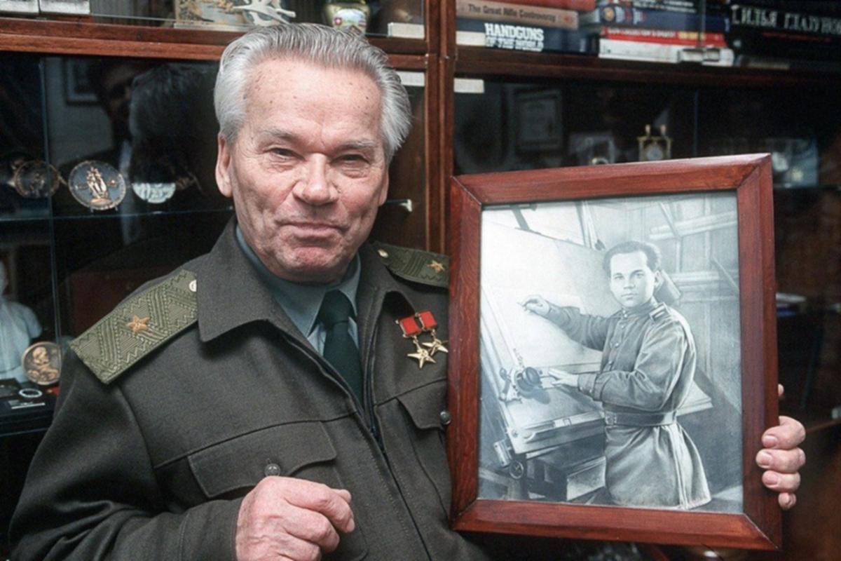 00 Mikhail Kalashnikov. Russian,Soviet inventor 01. 16.12.13
