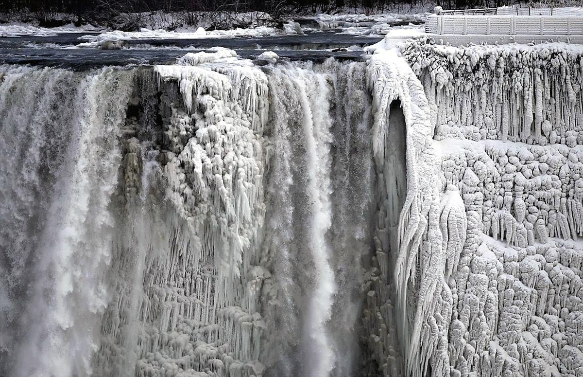 00 Niagara Falls 02. 16.01.14