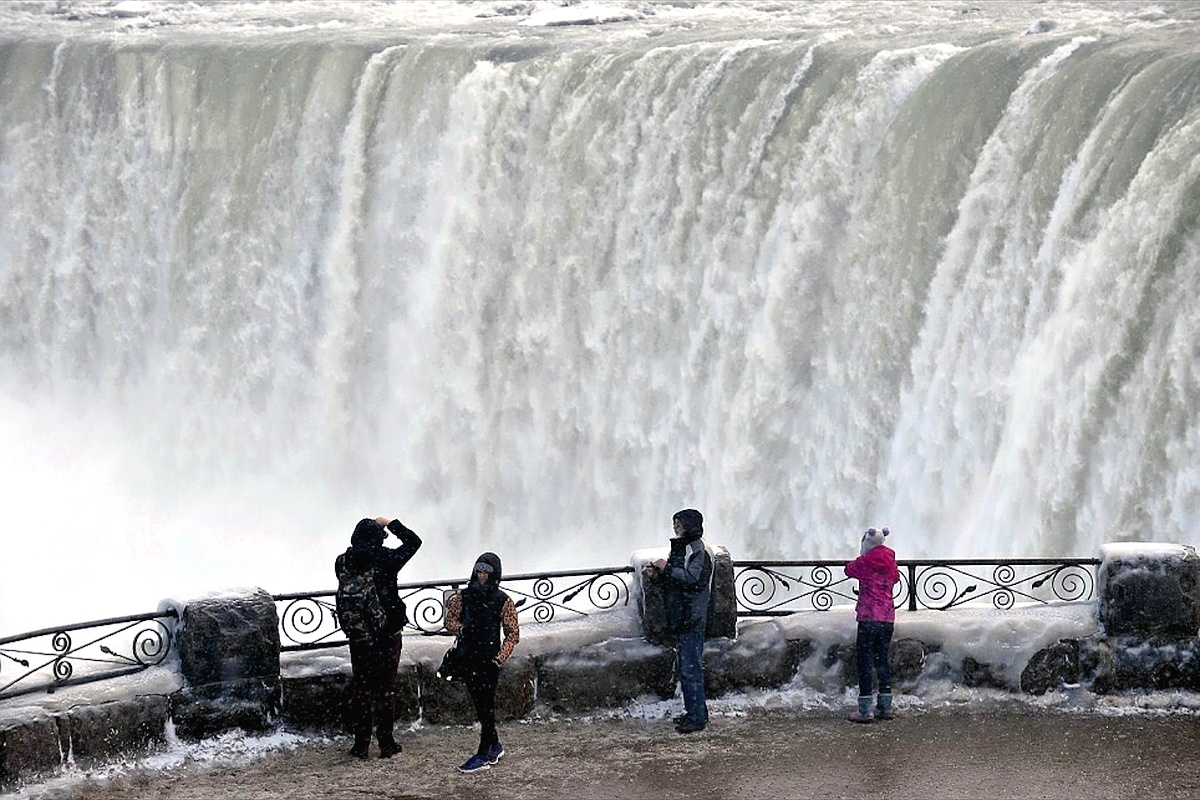 00 Niagara Falls 04. 16.01.14