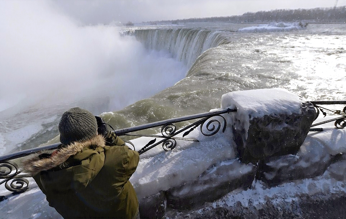 00 Niagara Falls 05. 16.01.14