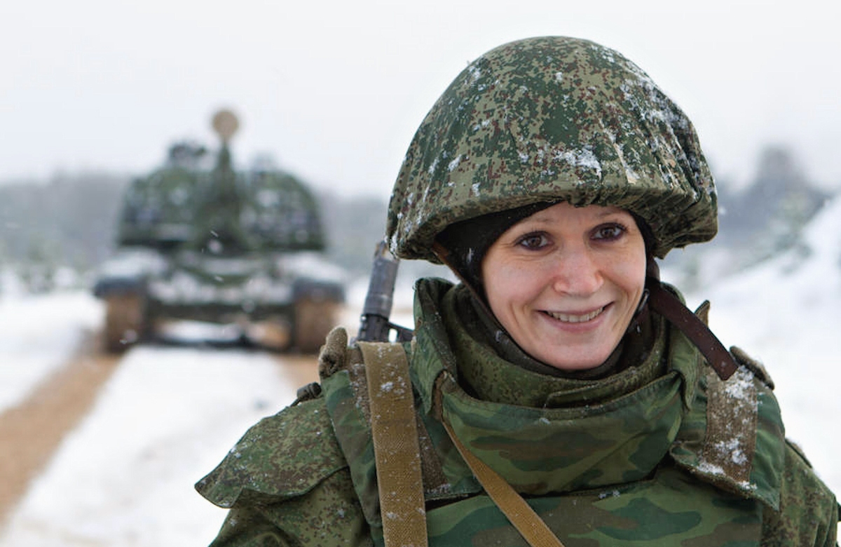 00 Russian female soldier. 31.01.14