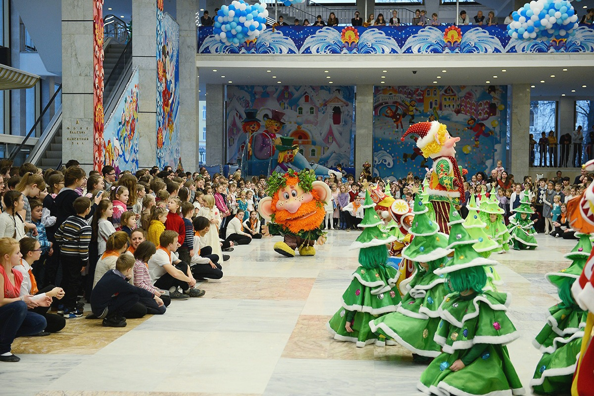 00 Patriarchal Yolka Moscow 02. 12.02.14