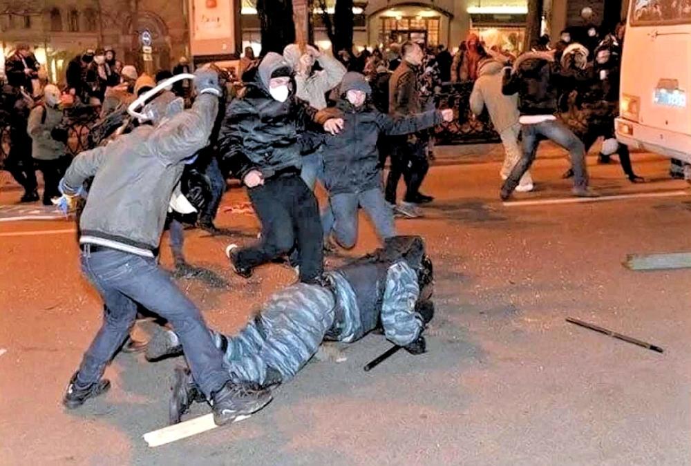 00 Riots in Kiev. 06.02.14