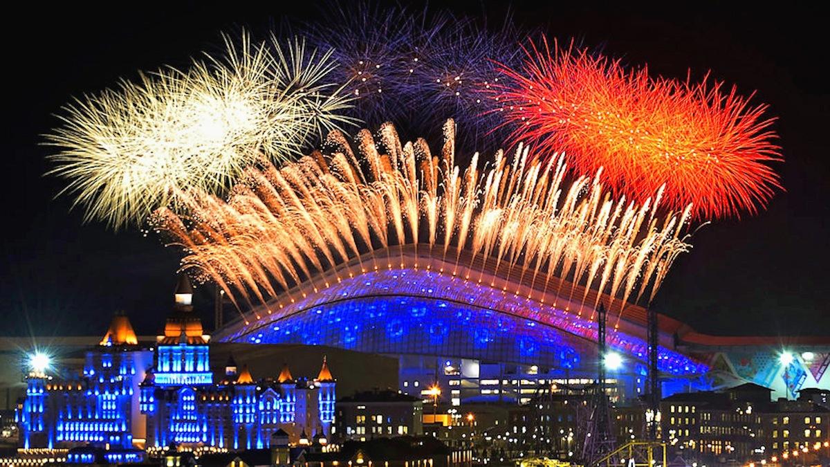 00 Sochi Olympics 03. fireworks. 07.01.14