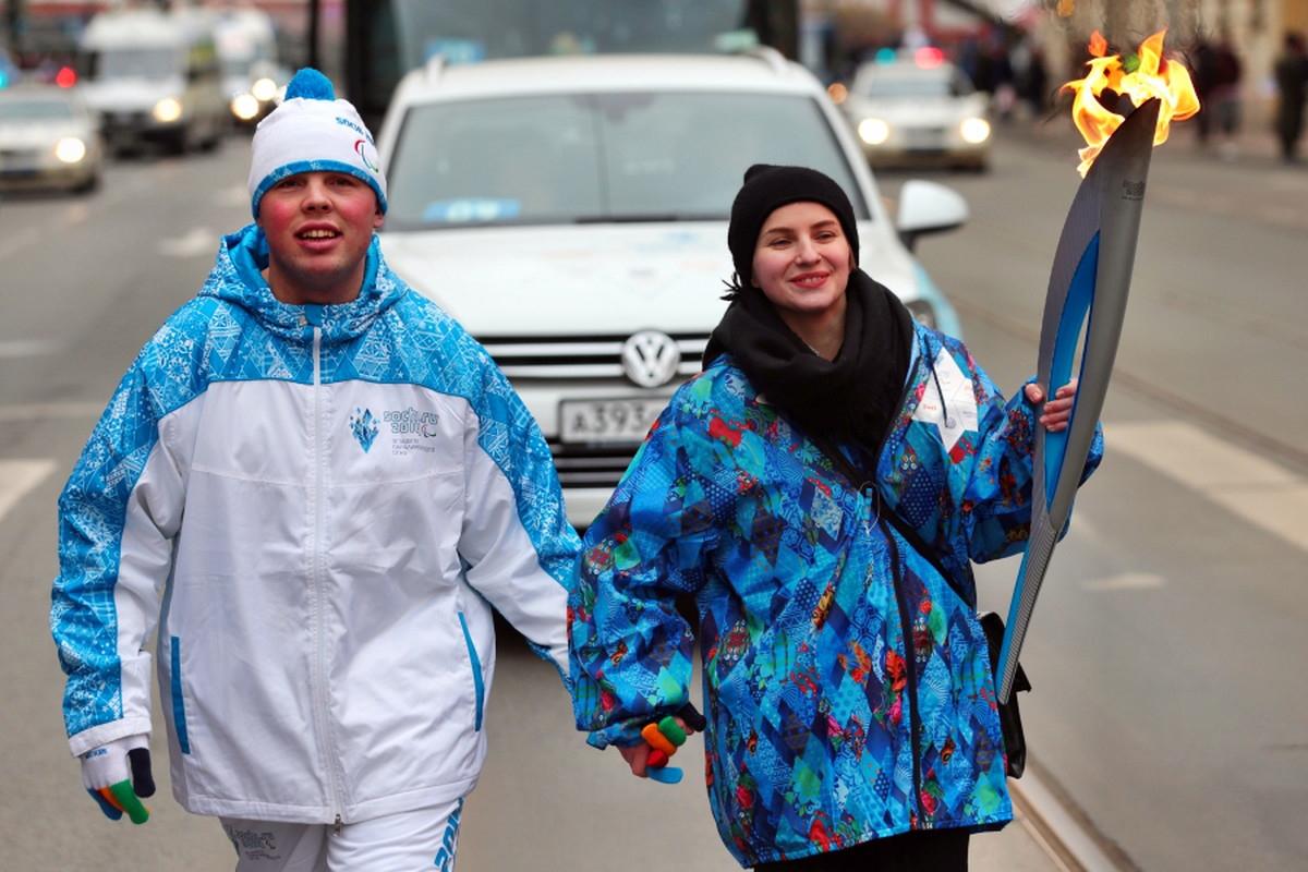 00 Yekaterinburg Paralympic Relay 08. 03.03.14