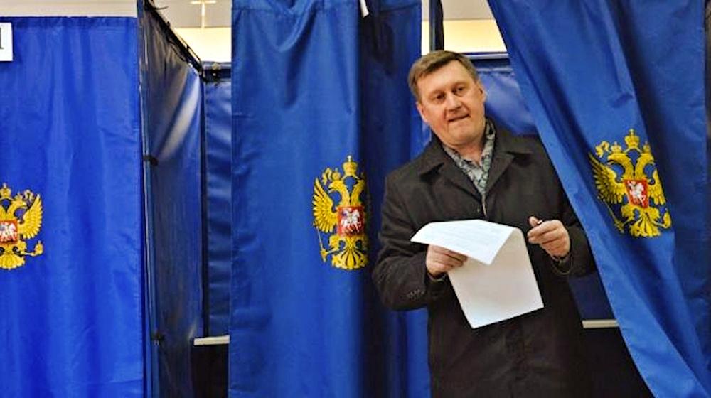 00 Anatoly Lokot. Novosibirsk. Russia. 06.04.14