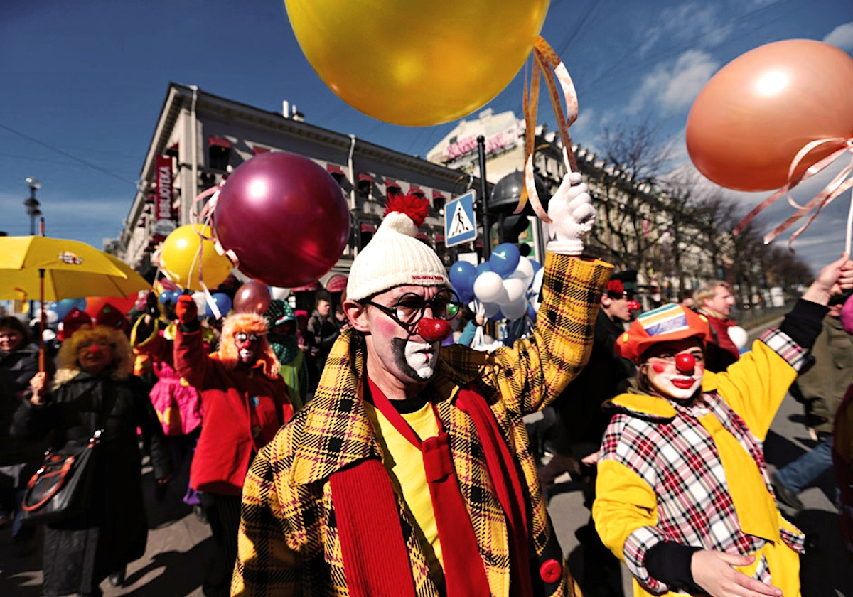 00 Clown Parade in Piter. 04.04.14