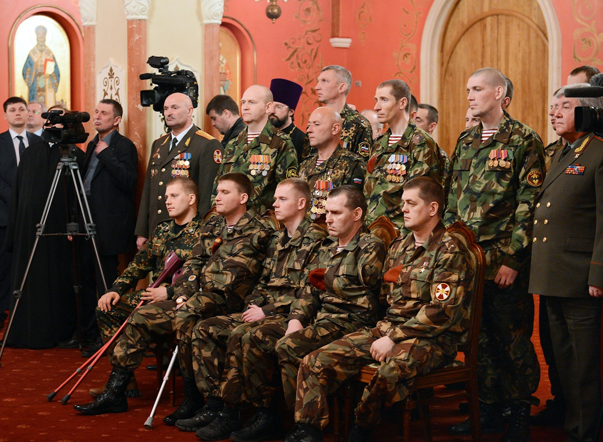 00 Patriarch kirill. MVD troops 02. 02.04.14