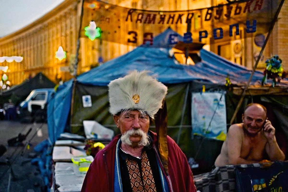00 Kiev. Euromaidan trash. 23.05.14