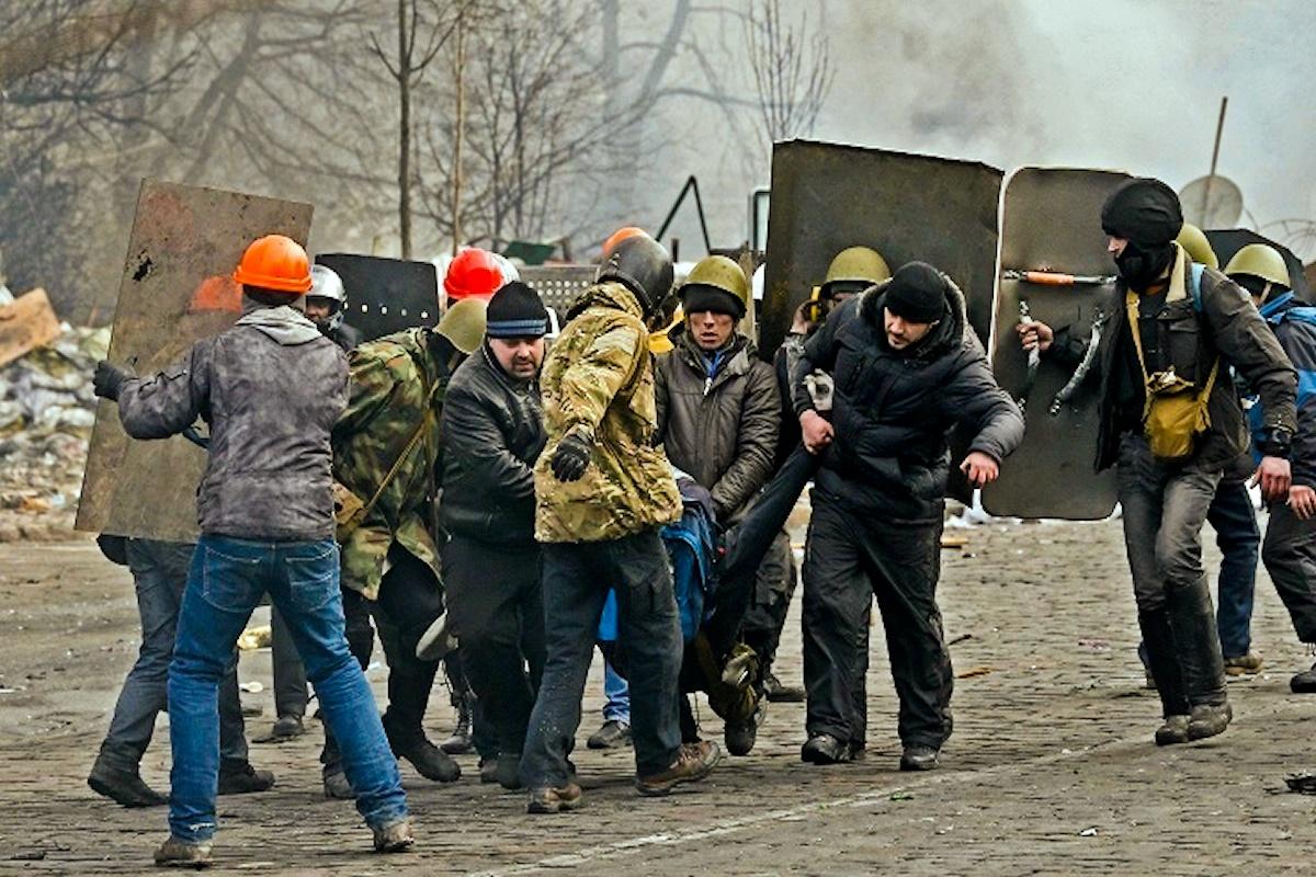 00 Kiev. right Sector. 30.04.14