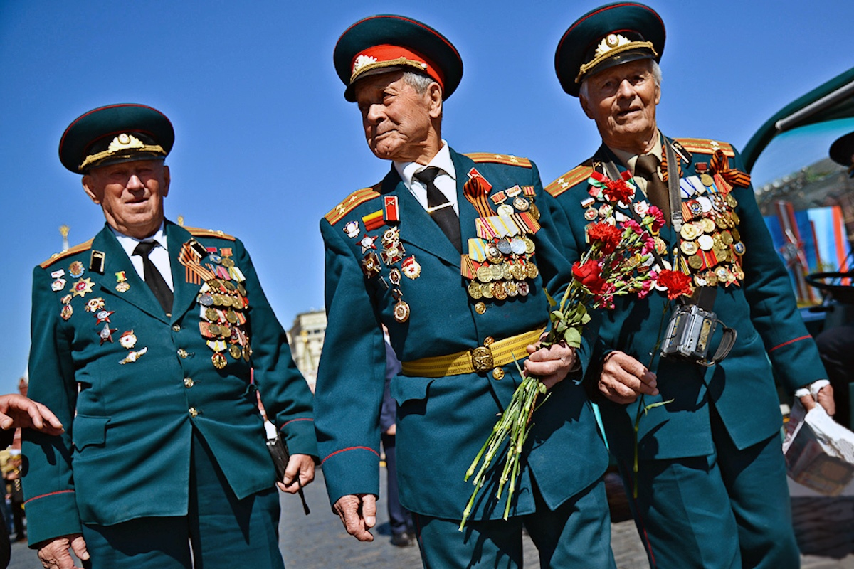 00 Moscow. Victory day. Thank you granpa for the victory 03. 12.05.14