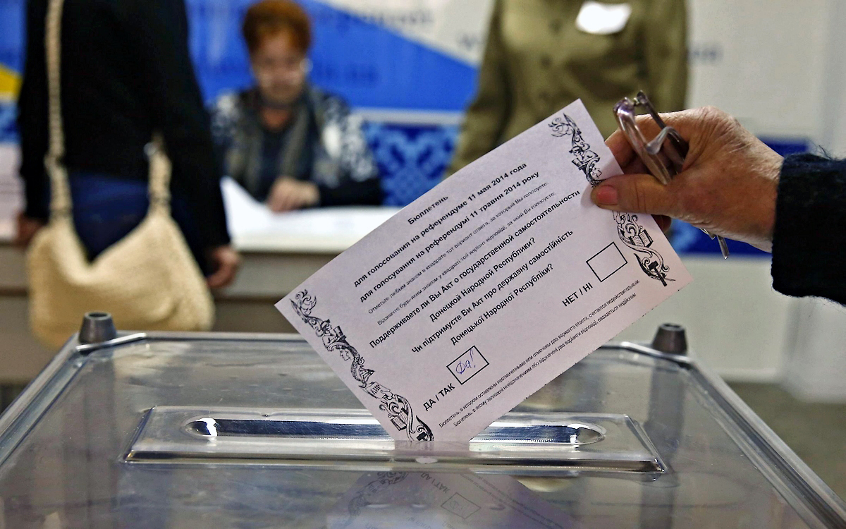 00 Referendum 02. Novorossiya. Russia. 11.05.14