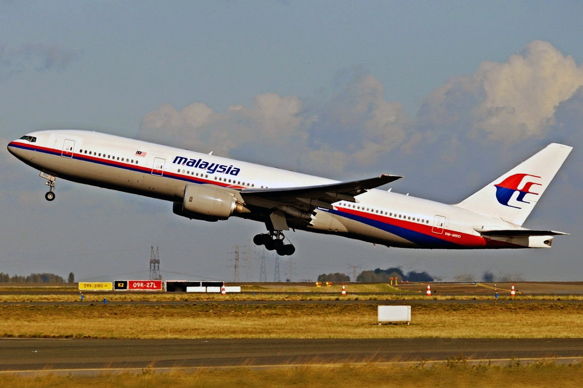 00 Malaysia Airlines Boeing 777-200.18.07.14.