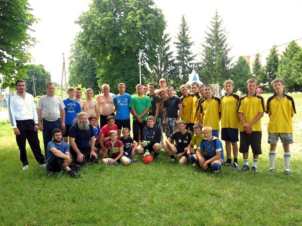 00 orthodox football b. 12.07.14