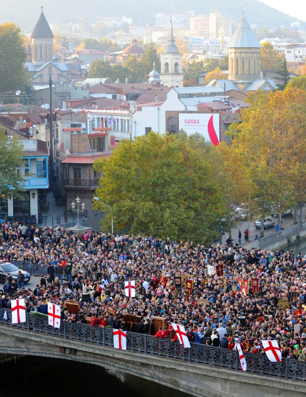 00 Georgia. Tbilissi. procession. 08.06.14