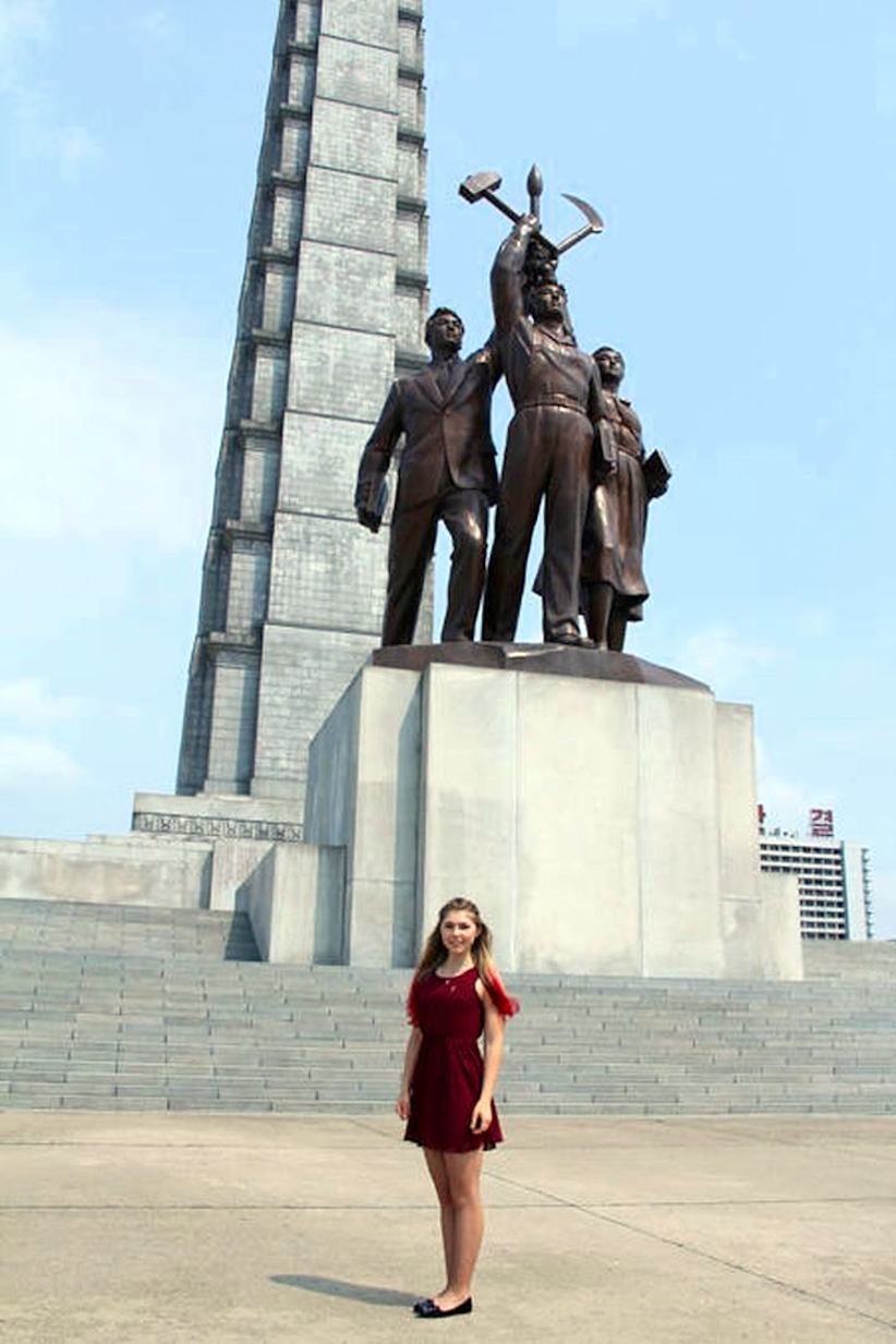 00 Russian girl in the DPRK 06. 08.08.14