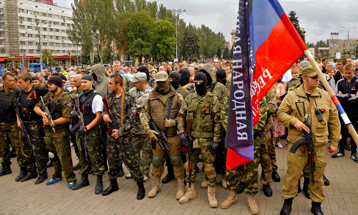00 Donetsk. DNR soldiers. 06.09.14