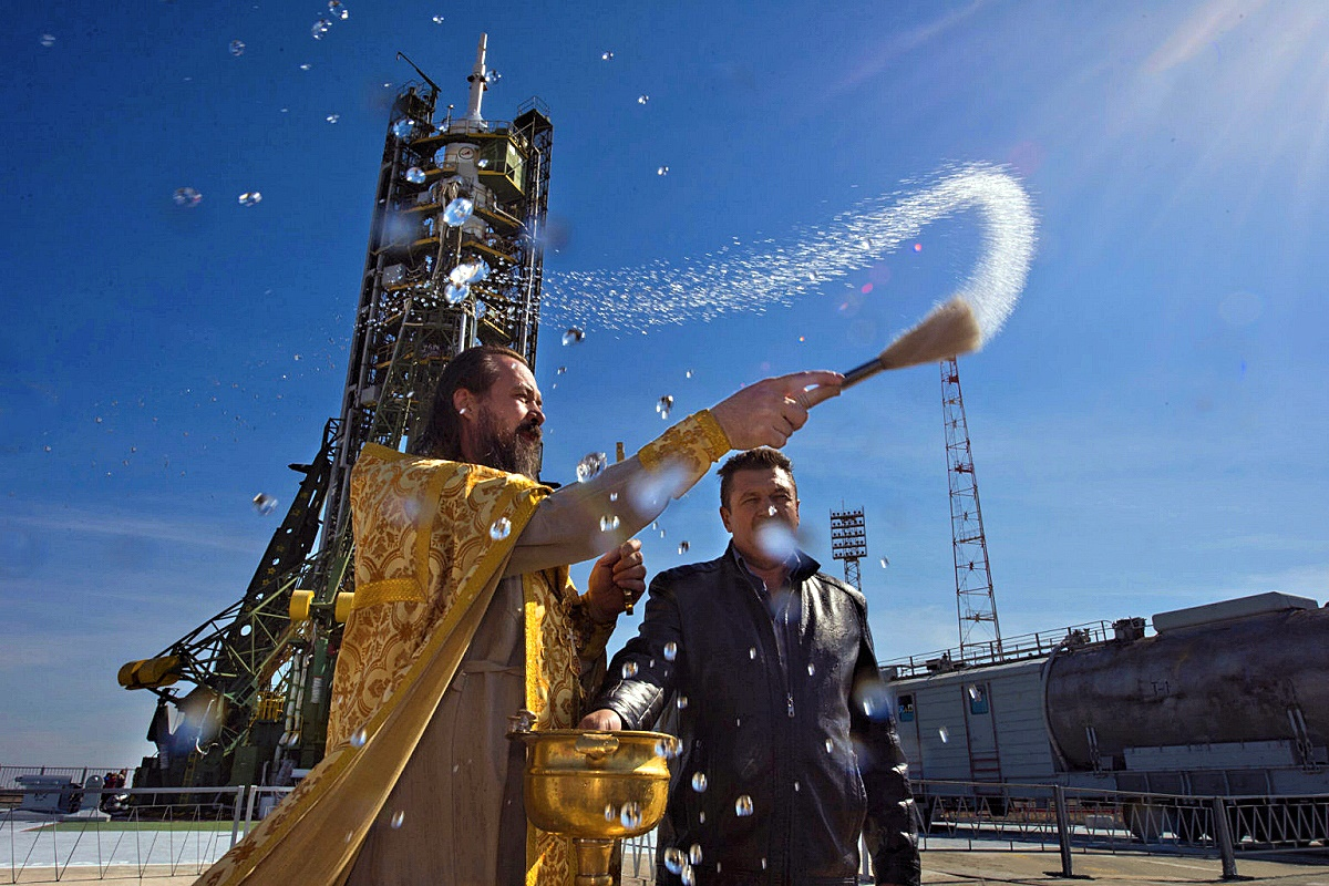00 blessing Soyuz 41. Baikonaur. Russia. 03.10.14