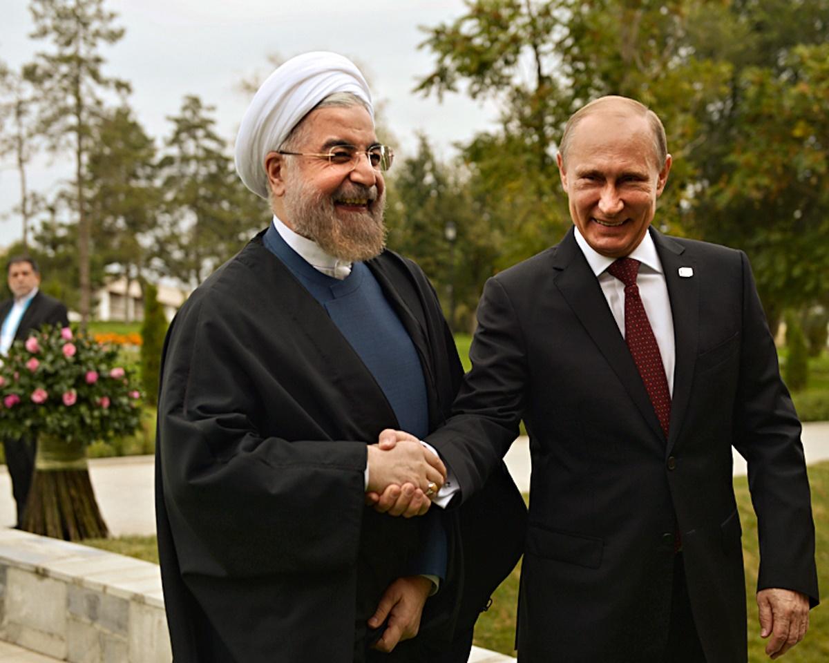 00 Putin and Rouhani. Iran. Russia. 25.10.14