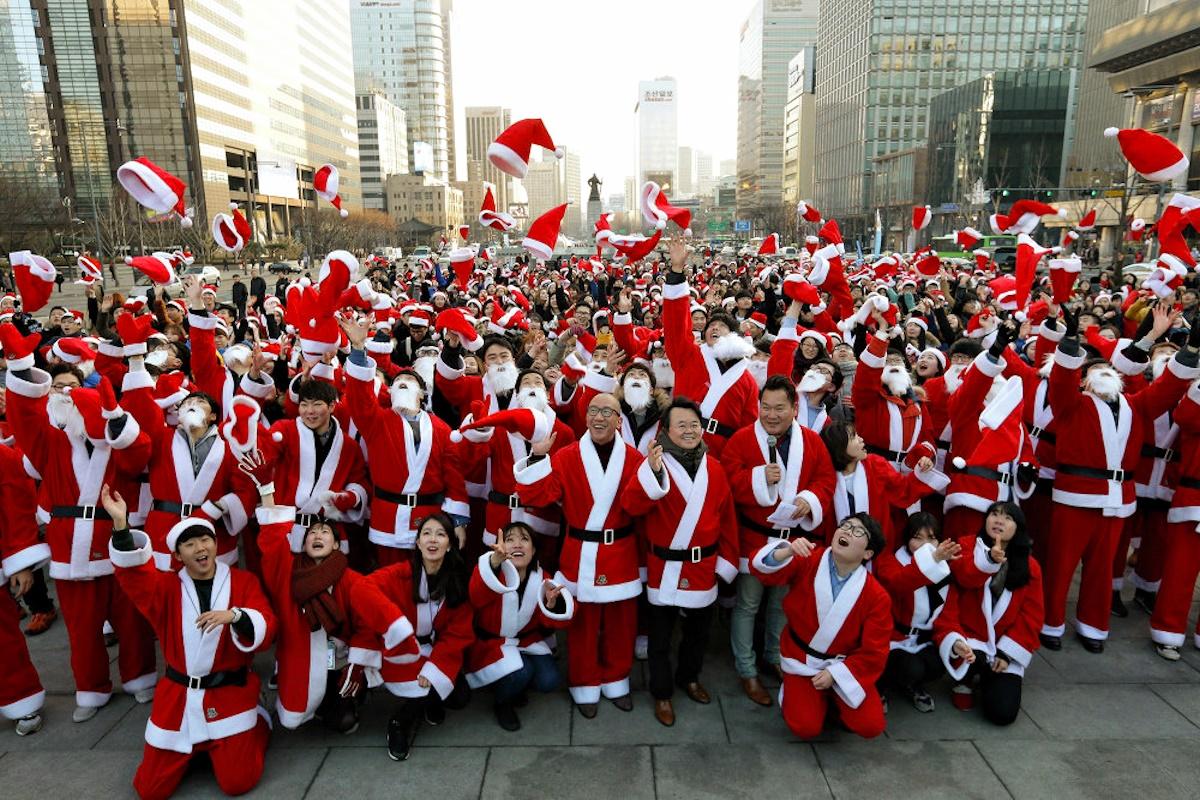00 Christmas Spirit 01. Seoul KOREA. 25.12.14