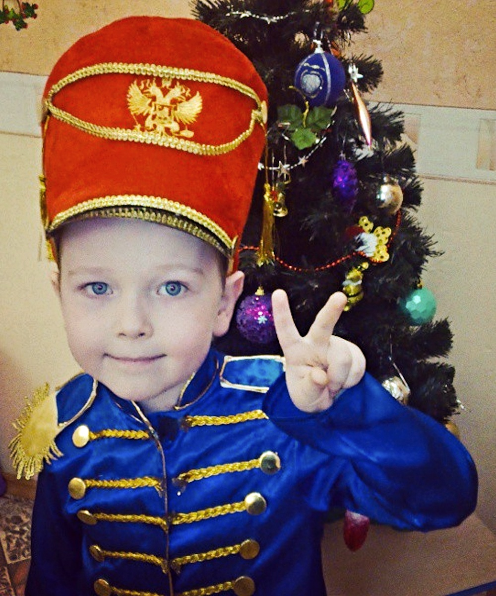 00 New Year 01. The Littlest Hussar. 31.12.14