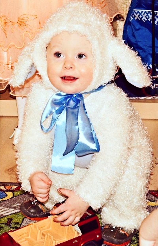 00 New Year 02. The Littlest Lamb. 31.12.14