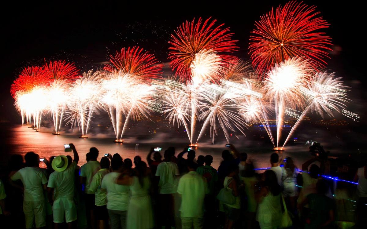 00 fireworks new year 02. rio de janeiro brazil. 02.01.15