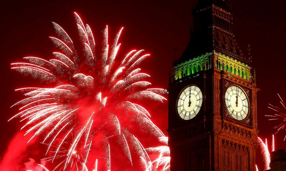 00 fireworks new year 08. London england UK. 02.01.15