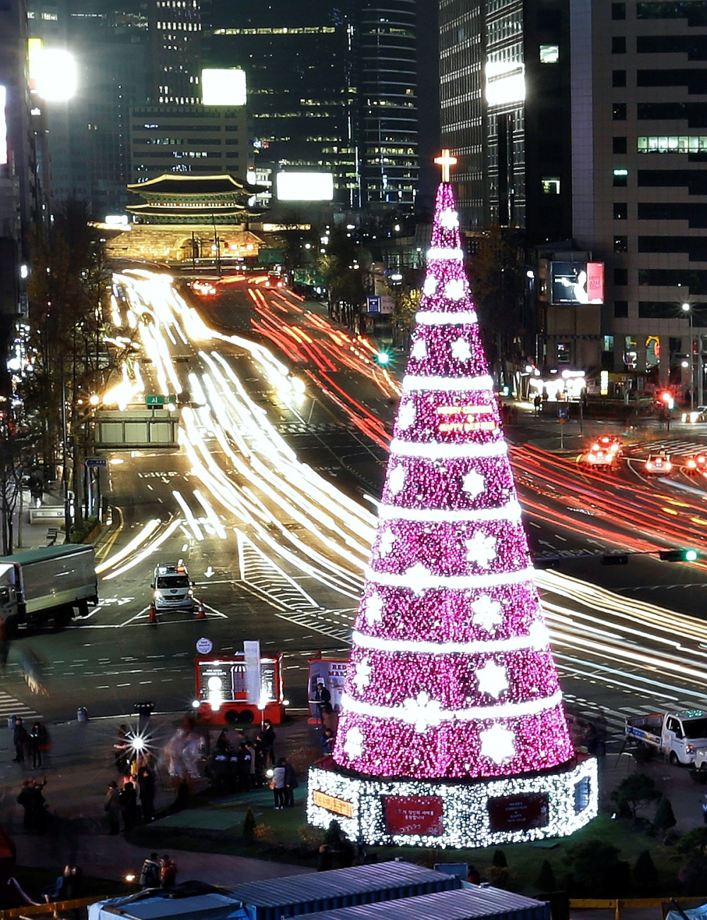00 New Year Trees 06. Seoul ROK. 01.01.15