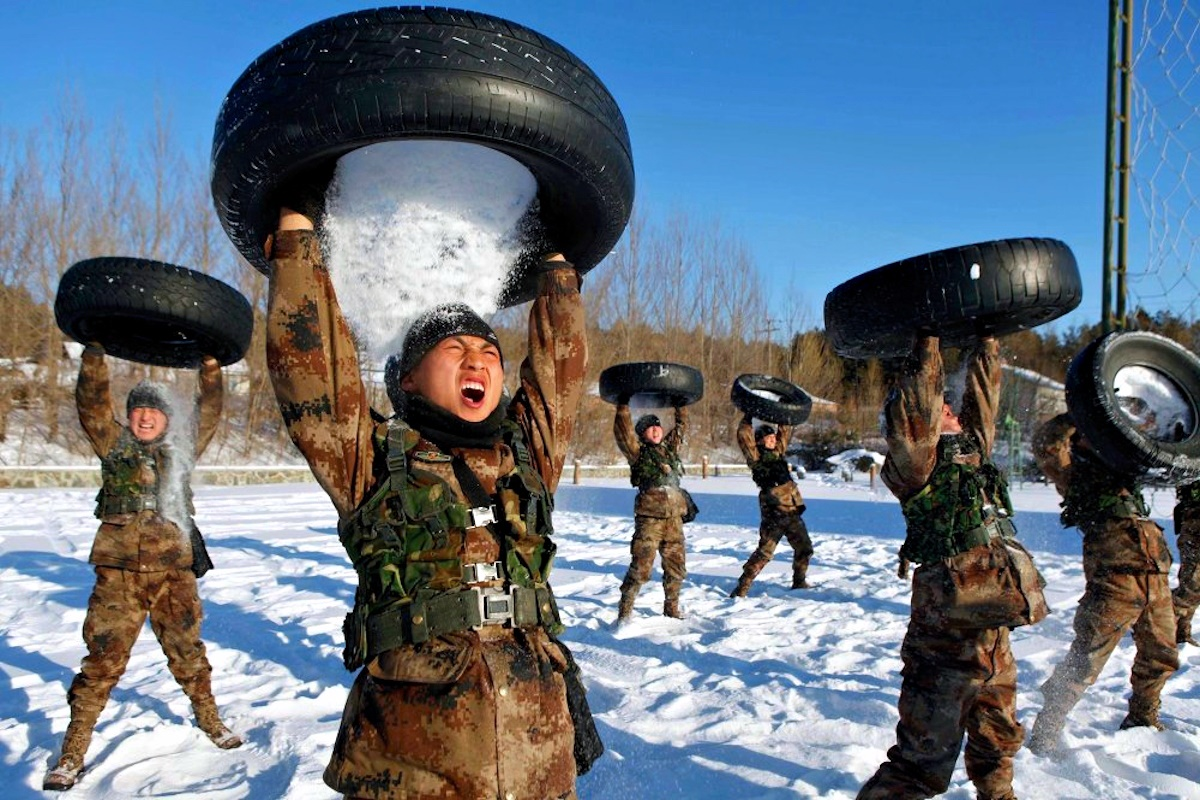 00 PLA Chinese soldiers. 04.01.15