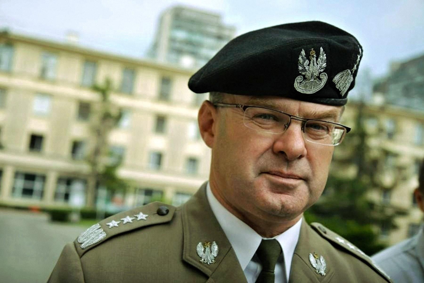 00 Waldemar Henryk Skrzypczak. Poland. general. 18.04.15
