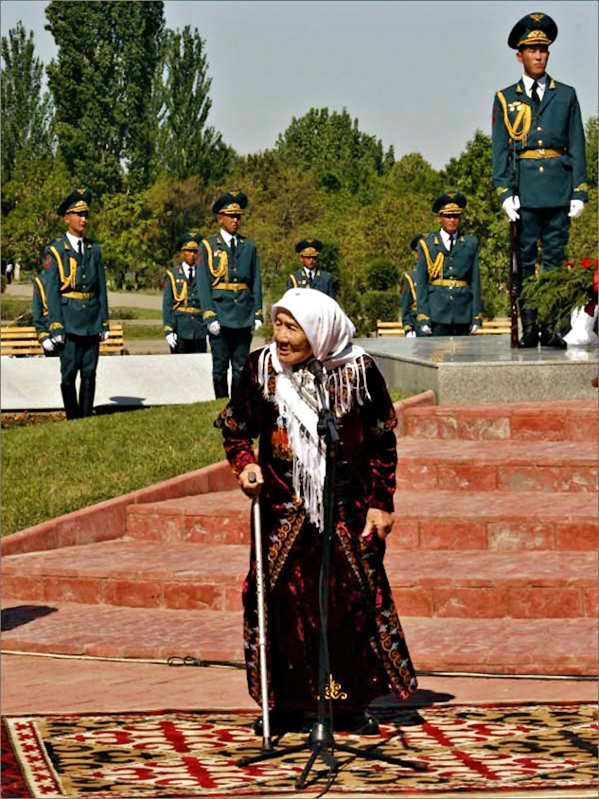 00 Toktogon Altybasarova. Kyrgyzstan. 180615