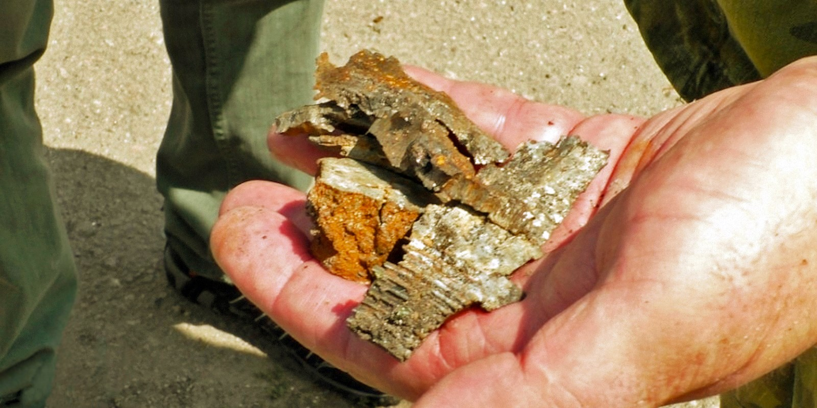 00 dnr donetsk pr. shell fragments. 050715