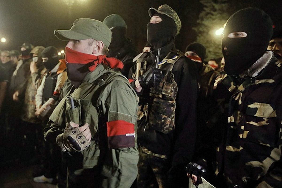 00 right sector miltants ukraine 230915