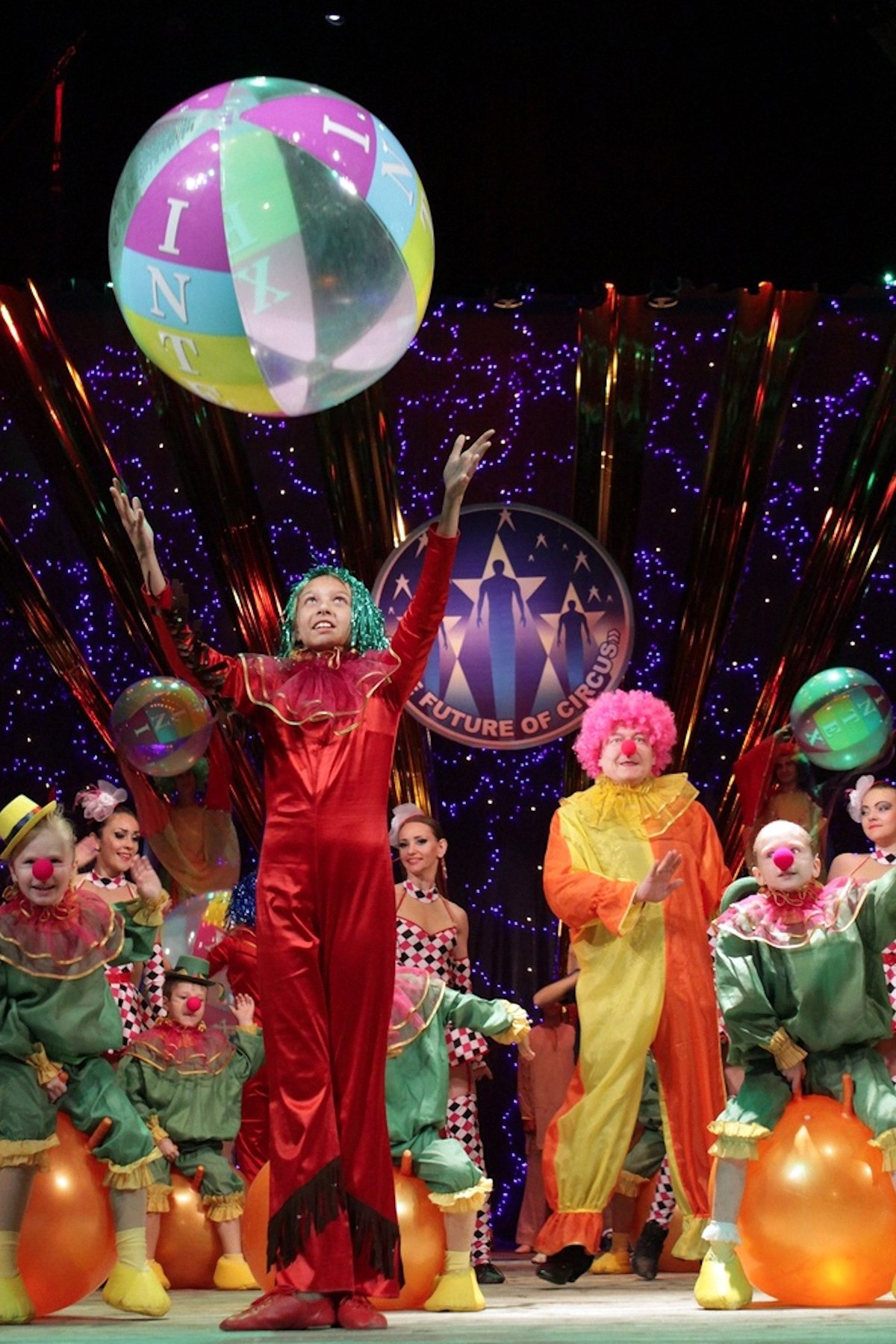00 lnr lugask pr circus of the future 06 041015