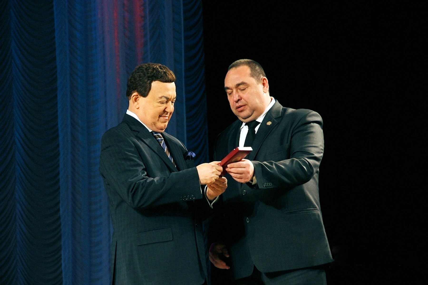00 lnr plotnitsky and Kobzon. 281215