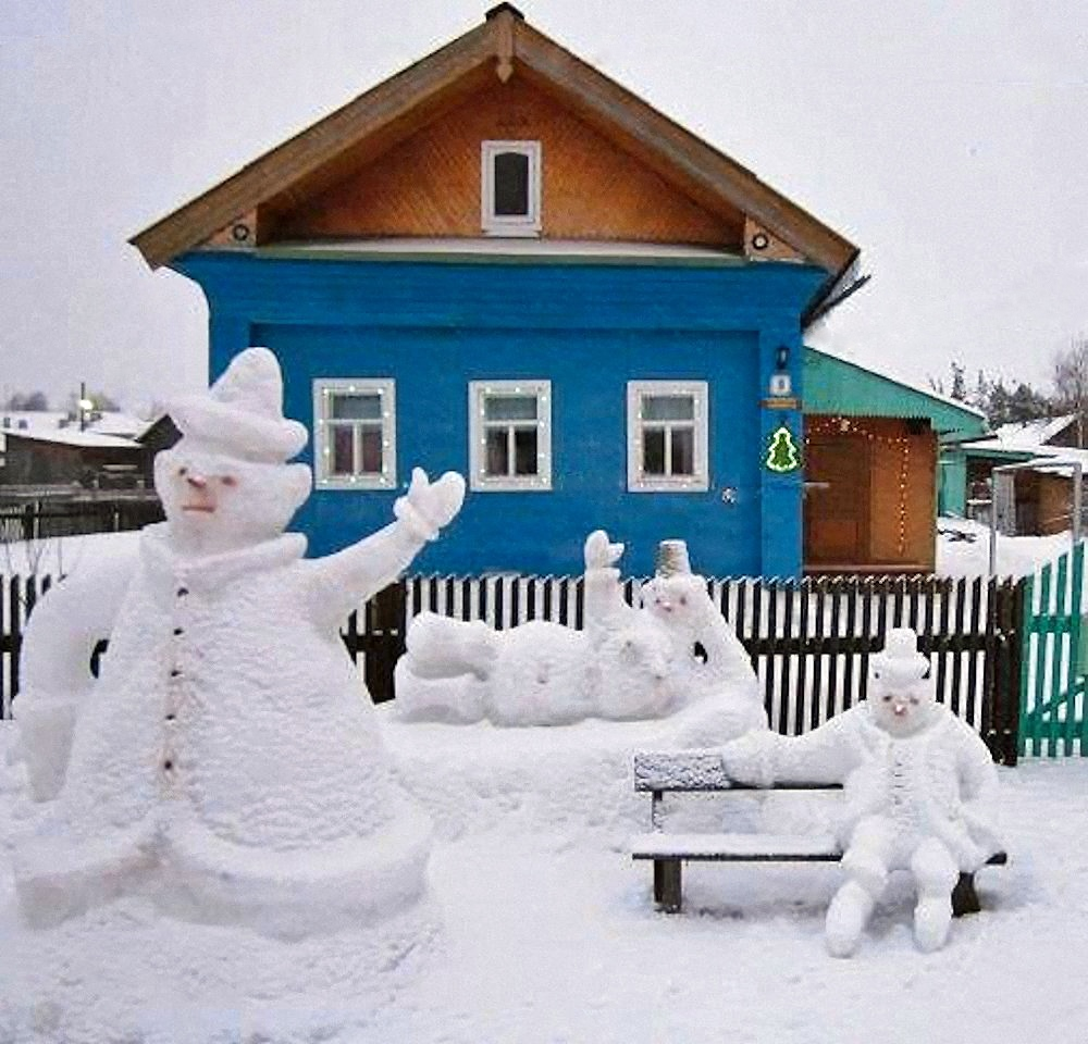 00 snow sculpture russia 061215