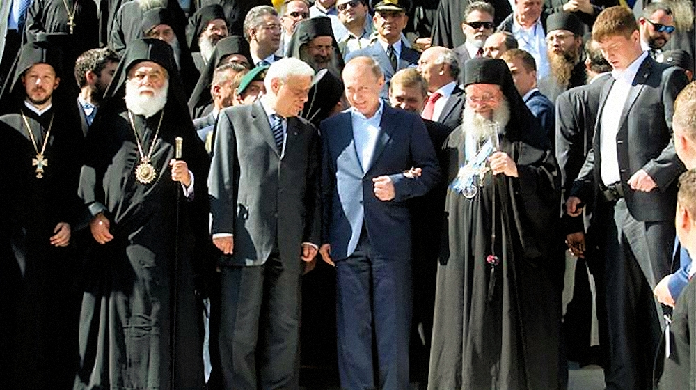 00 putin and greek president on athos 290516