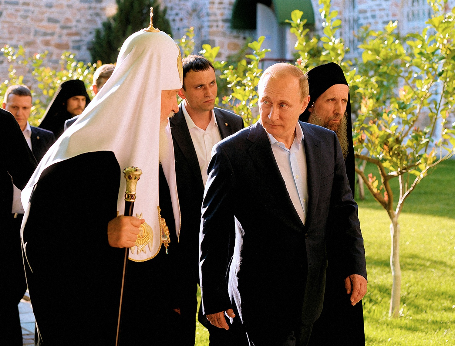 00 putin and kirill on athos 03 290516