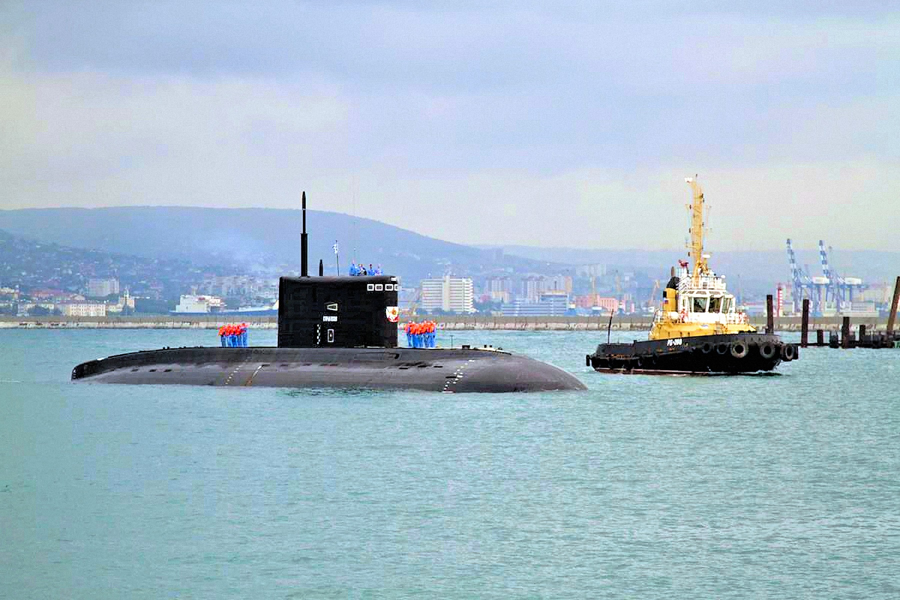 00 russia submaine black sea 030716