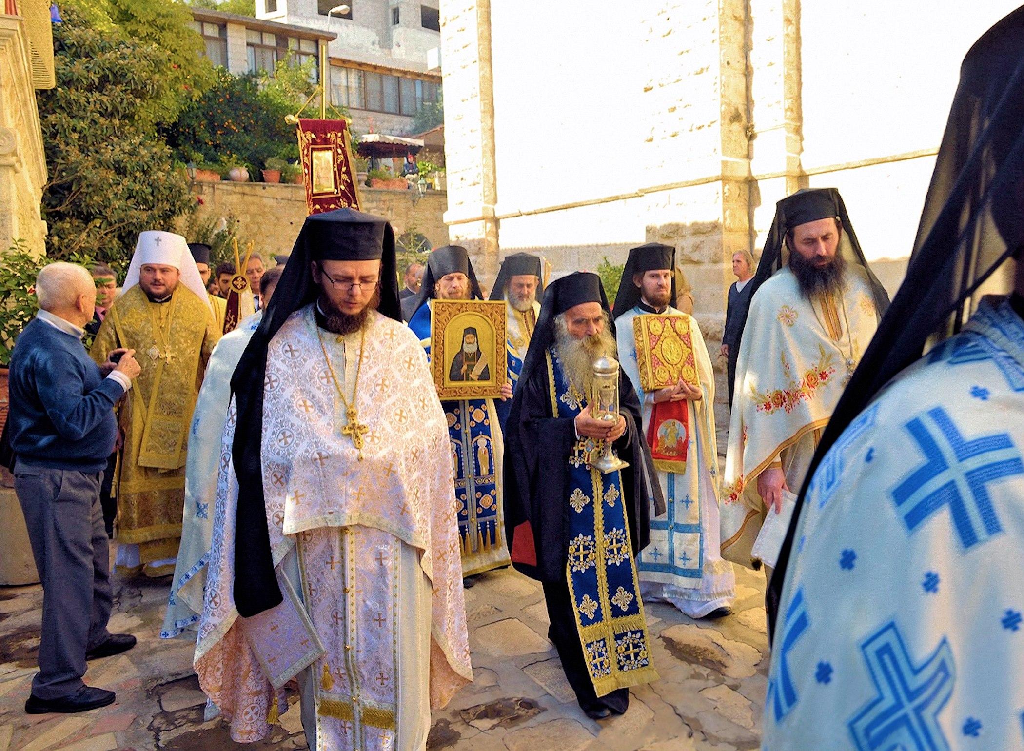 00 ukriane cross procession 150716