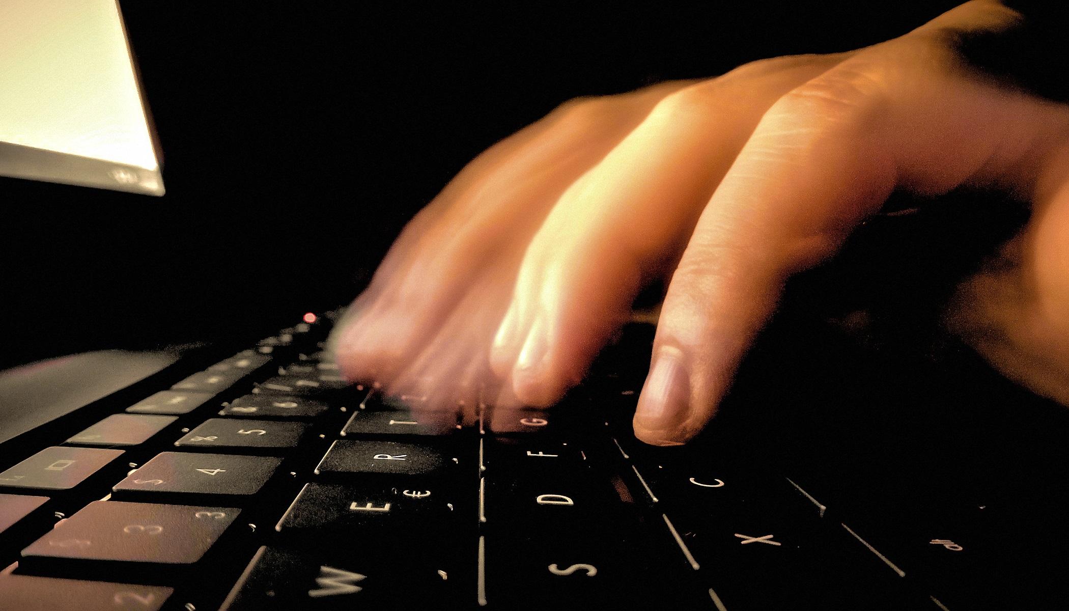 00 computer keyboard 200816