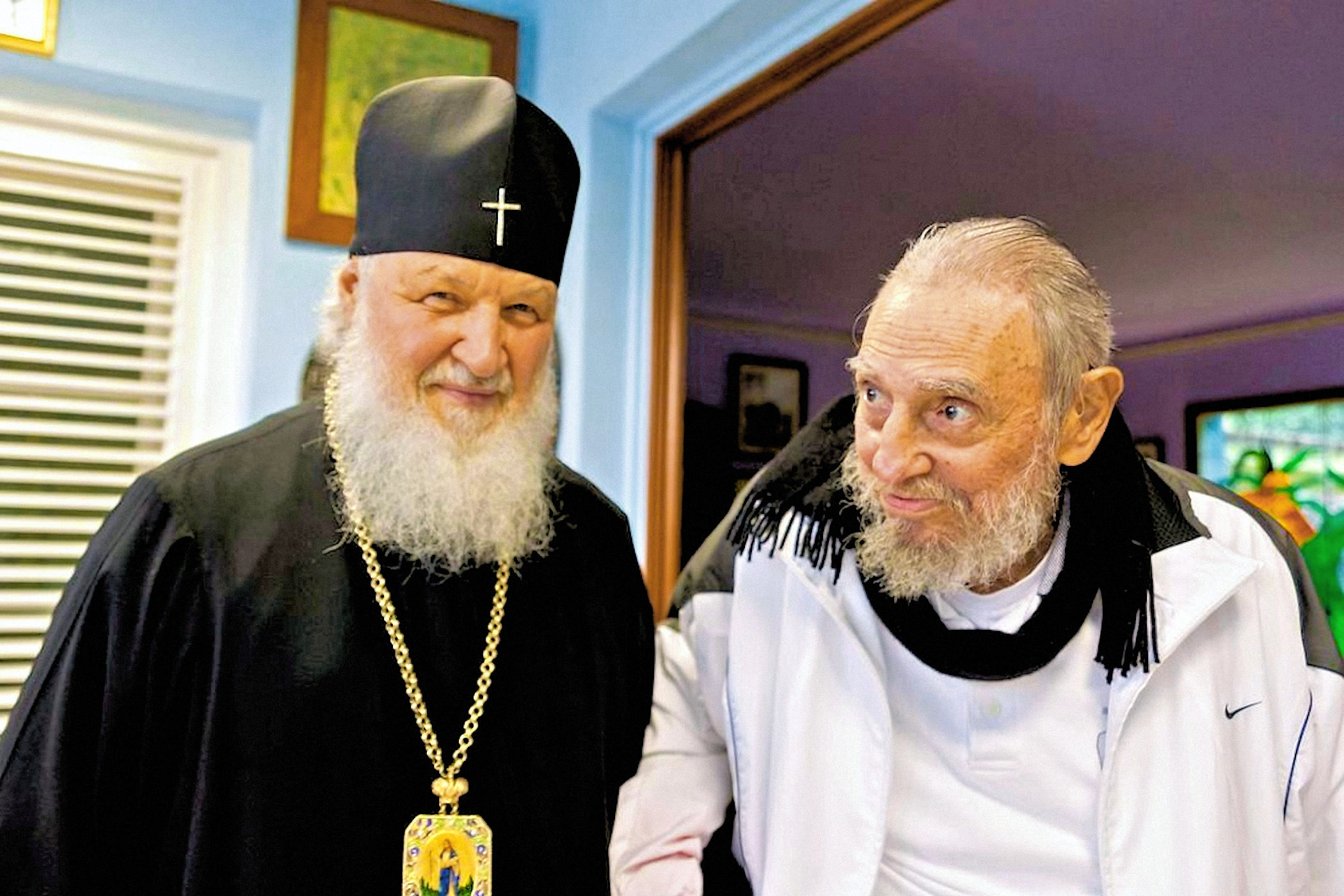 00 fidel and patr kirill 120816