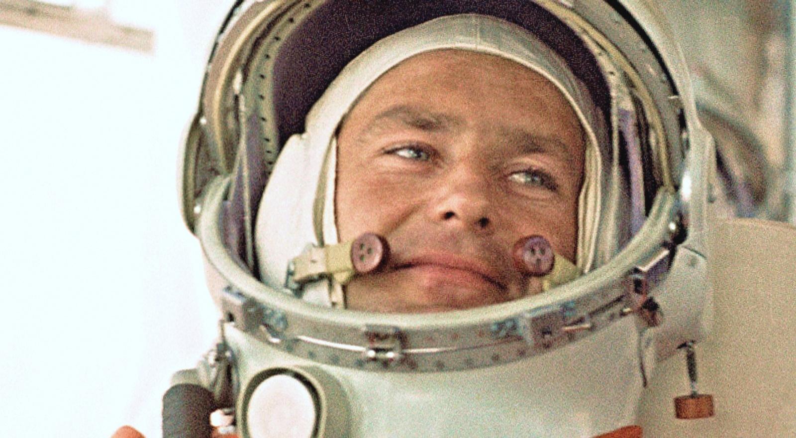 00 German Titov 02 russian cosmonaut 060816