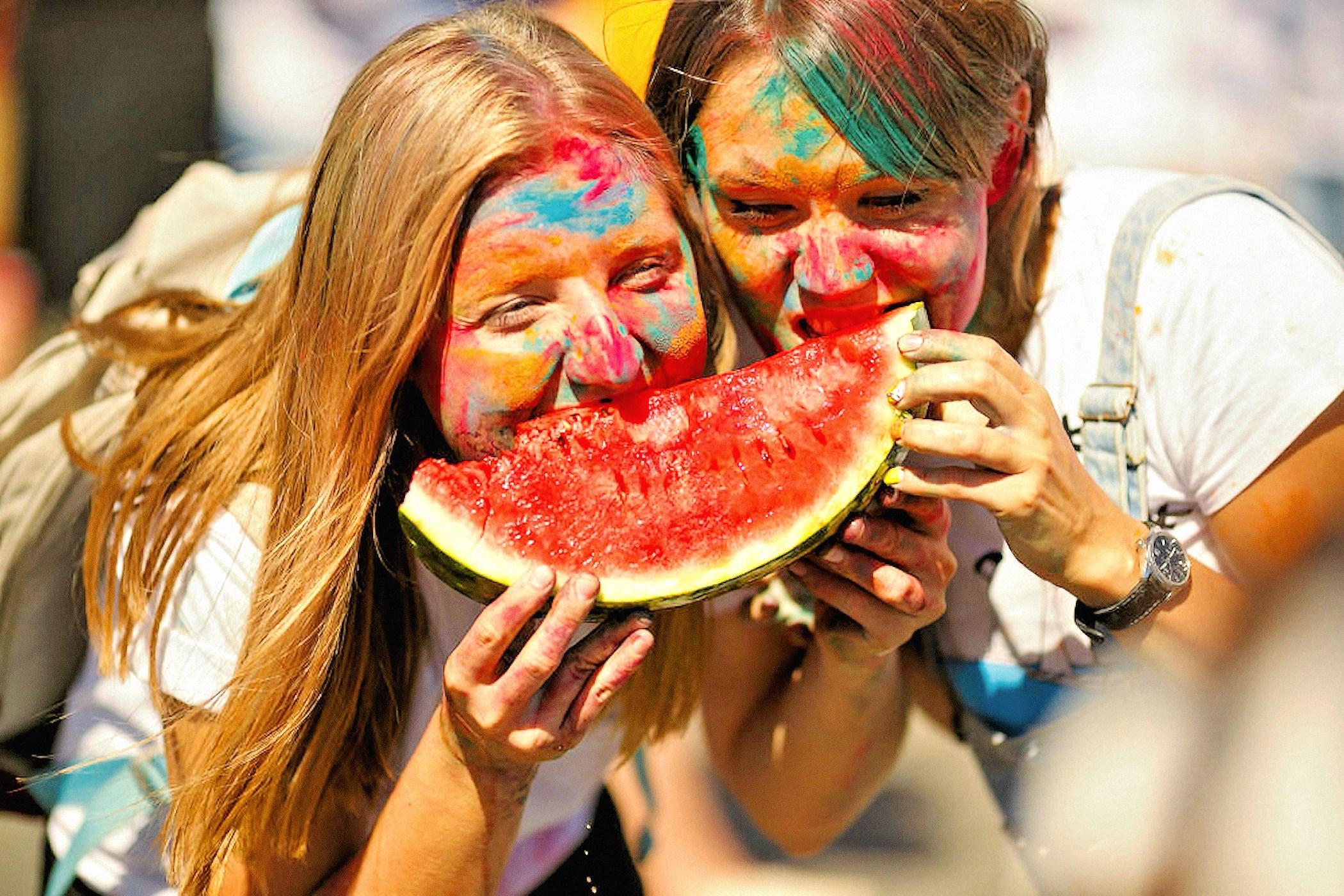 00 russia watermelon 030916