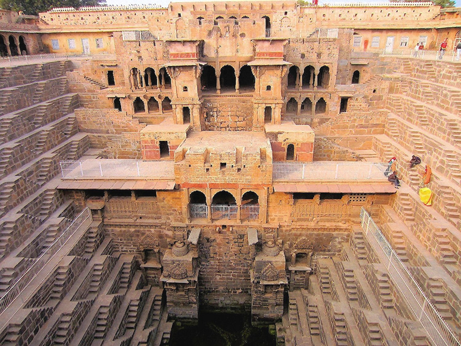 00-wonders-03-chand-baori-150916