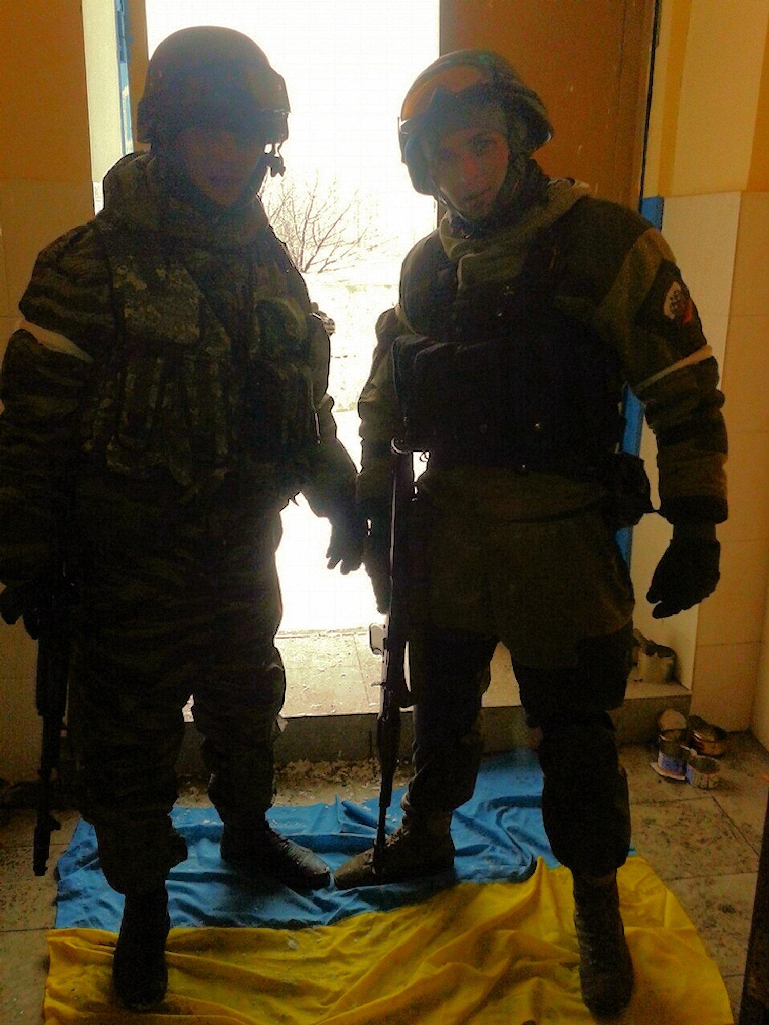 00-debaltsevo-soldiers-01-060716
