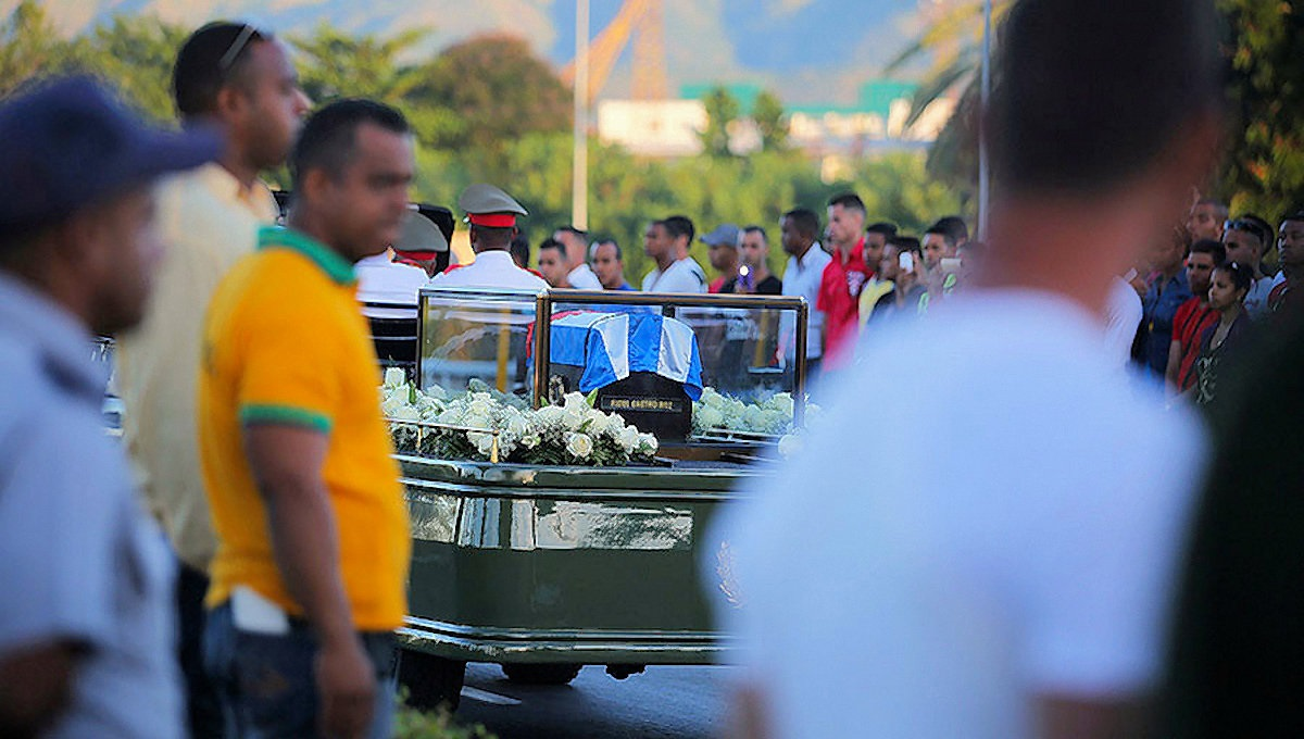 00-cuba-castro-funeral-02-041216